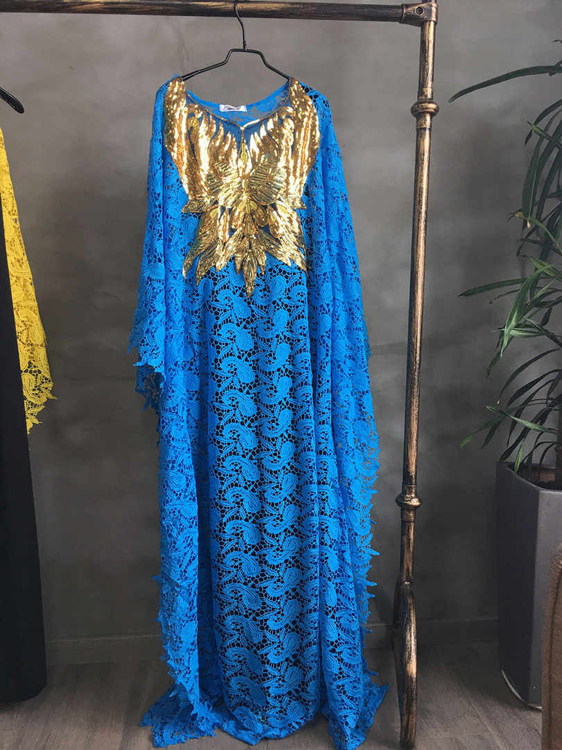 2019 موضة جديدة الكيميائية الدانتيل نمط الترتر التطريز أنيقة المرأة الأفريقية فستان حجم كبير