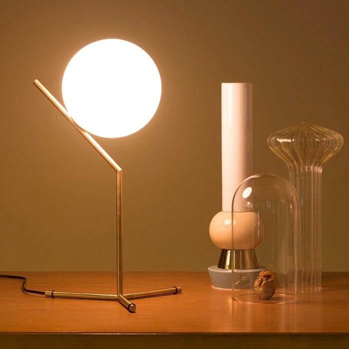 Free Shipping New Design Ball Fashion Creative Table Lamp(China)