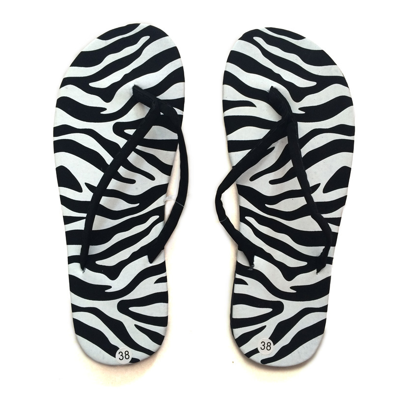 346665d56d7 New 2019 Women s Summer Beach Flip Flops Lady Slippers Women Summer Shoes  for Women Flat Heel Casual Brand Shoes-in Flip Flops from Shoes on  Aliexpress.com ...