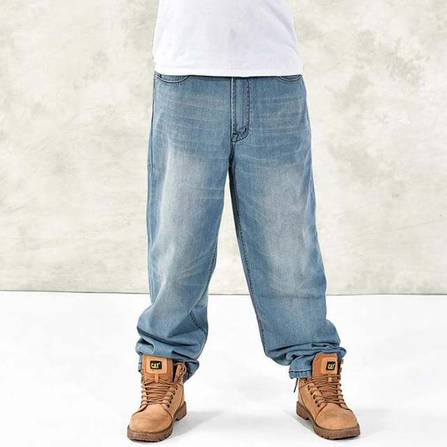 Мужской стриптиз в джинсах
