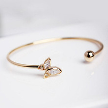 Elegant Women Gold Open Bangle Fashion High Quality Crystal Butterfly Bracelet Wedding Party Accessories Hot Gift