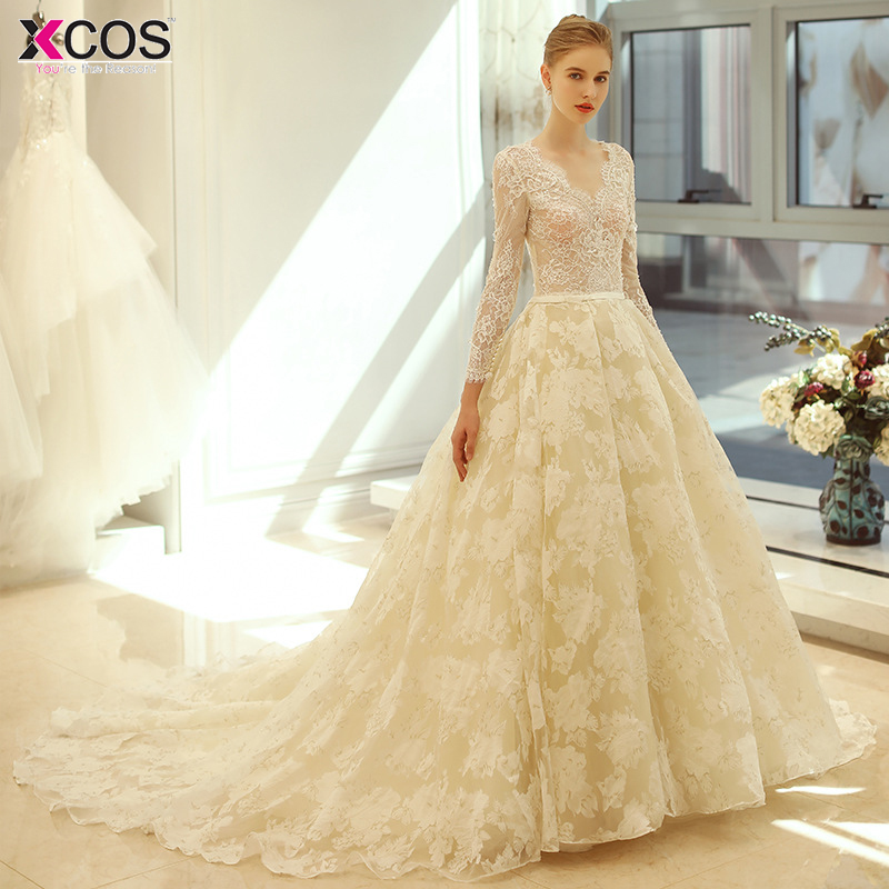 Vintage Champagne Wedding Dresses Lace Appliques Ball Gown