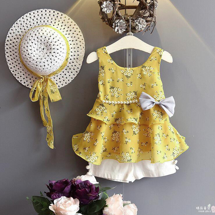 b8d59a2013bda Wholesale Lots Bulk Clothes 2018 Kids Girls Clothes Set Baby Girl Floral  Tank Top And White Shorts Kids Fashion Ruffle Outfits-in Clothing Sets from  ...