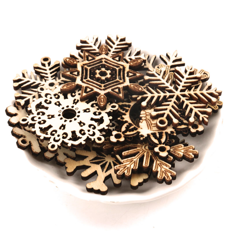 Handmade Wooden Crafts Home Decoration Accessories Scrapbooks Painting DIY Christmas Festival Snowflake Pattern 45-50mm 10pcs