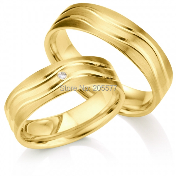 Classic Design Gold plating layer Handmade Titanium pair wedding
