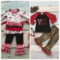 Algodón v-day boutique baby girls kids trajes de mamá pequeño ropa ruffles leopard impresión del corazón de san valentín match accesorios