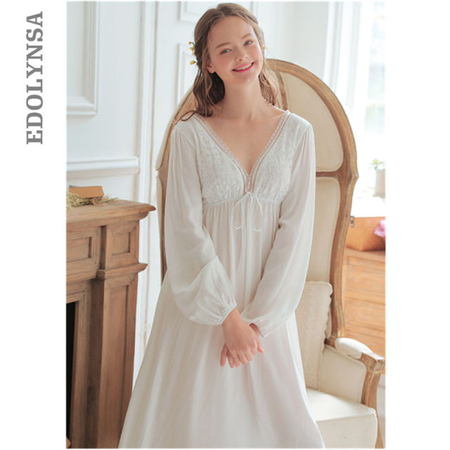 Vintage Sexy Sleepwear Women Cotton Medieval Nightgown White Deep V Neck  Backless Princess Night Dress Plus Size lingerie T42 03d896a57