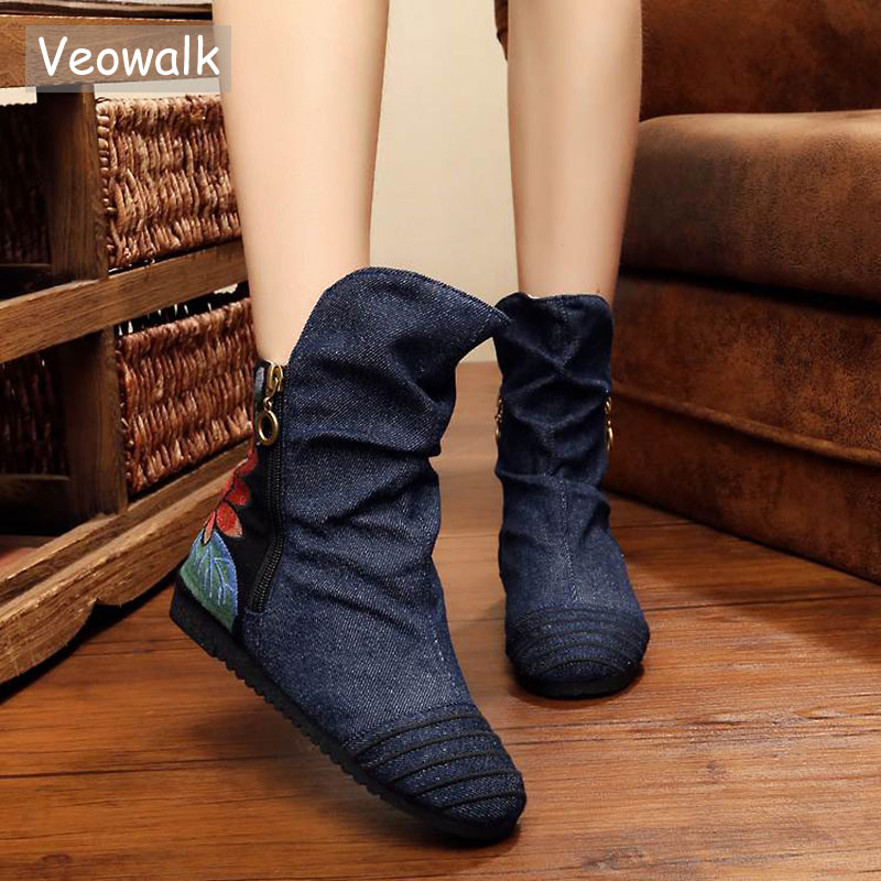 Veowalk Chinese Women Embrodiery Boots Old BeiJing Flower Embroidered Soft Single Boots Flat Women's Flowers Autumn Shoes spring summer new old beijing shoes flowers flat shoes women s singles cloth canvas embroidered shoes woman walking shoes