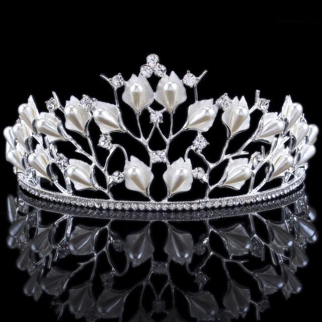 Luxury Crystal   Simulated Pearls Bridal Crown Flowers Tiaras Wedding  Rhinestone Hair Accessories 10c0f8efe20b