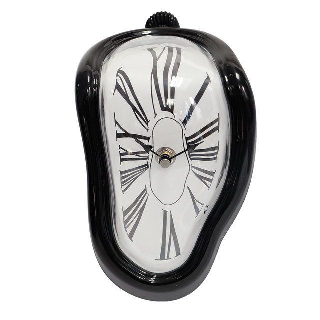 2017 New Wall Clock Home Decoration Antique Design Melting Clock Distorted Movement Battery Power Electronic Clock Vintage Gift