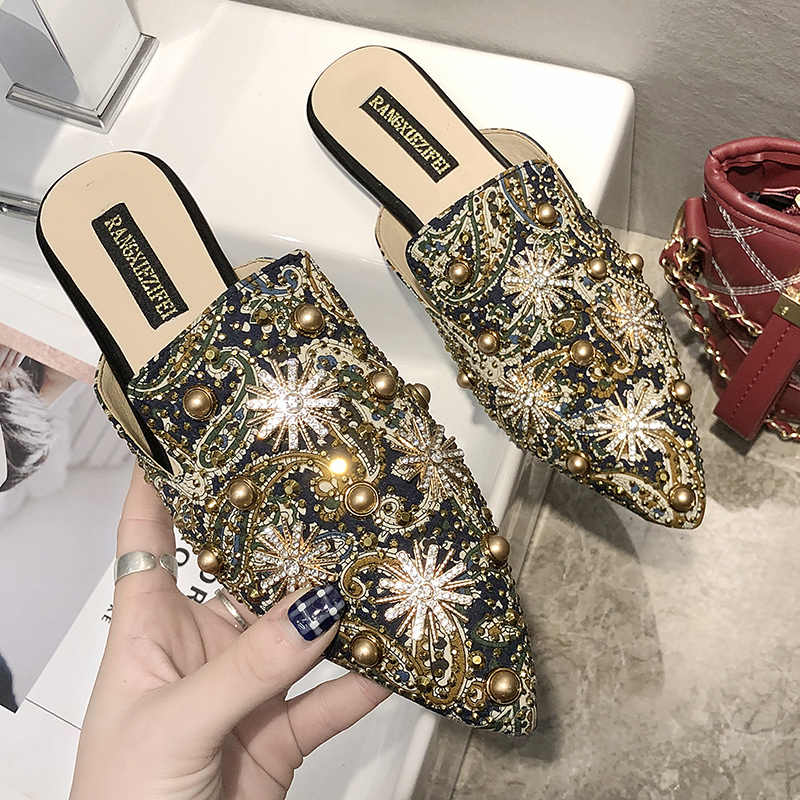2019 Rivet Women Mules Slip On Chinese Print Outdoor Slippers Women Flats Pointed Toe Heel Summer Shoes Woman chaussures femme