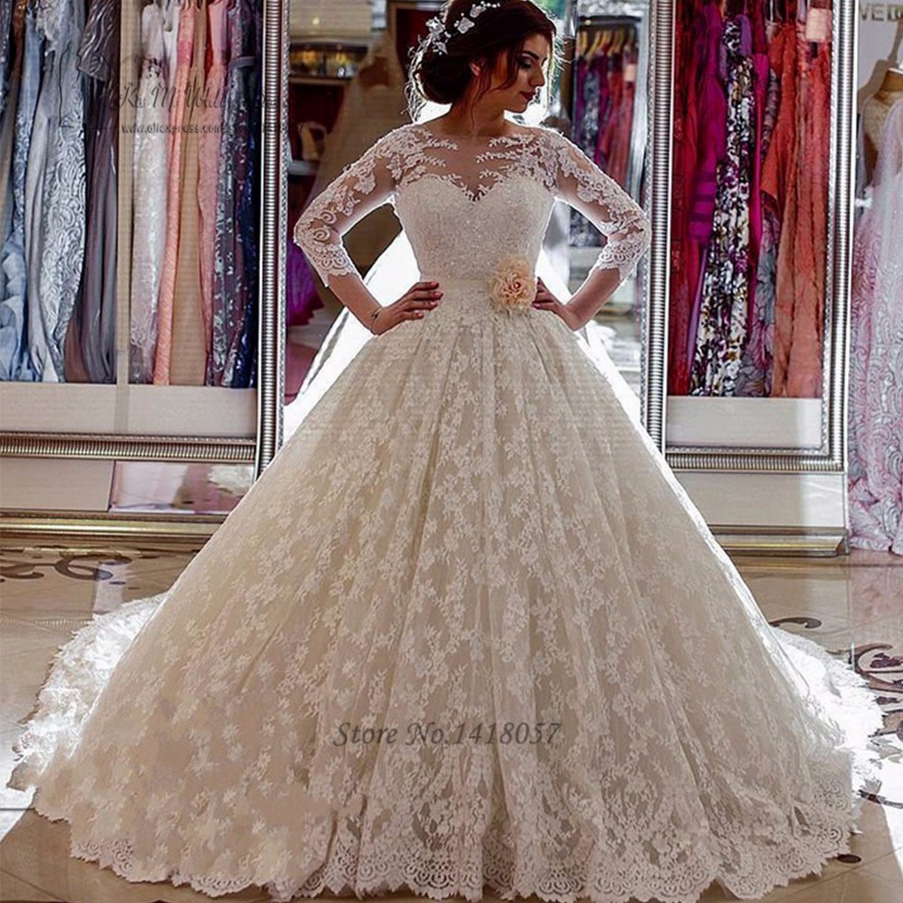 US $20.20 20% OFFVestido de Noiva de Renda Puffy Luxus Brautkleider  Türkei arabische Braut Kleid 20 Lange Hülsen spitze Hochzeitskleider  Kapelle