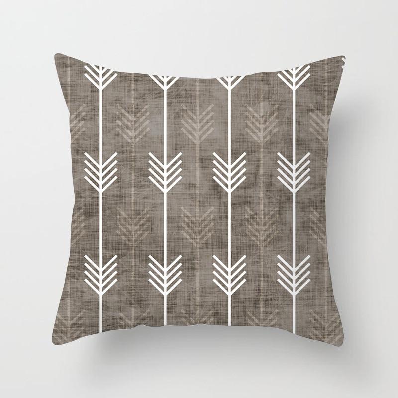 Fryetts Handmade Decorative Scandinavian Red xmas Birds cushion cover