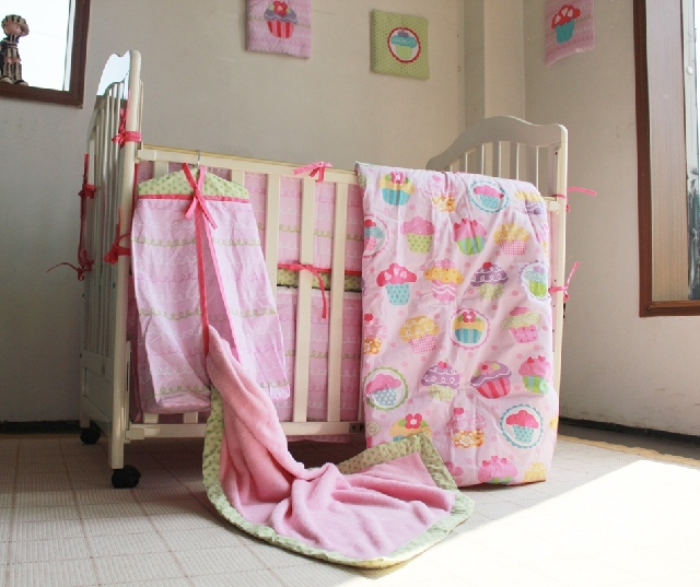 10 Pc Crib Infant Room Kids Baby Bedroom Set Nursery Bedding  Pink Cake Cot bedding set for newborn baby girls