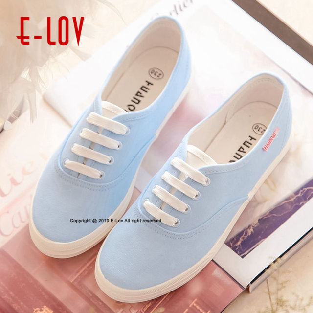 E-LOV 19 Special Painting Unisex Designs Hand-Painted Canvas Shoes Personalized Women Men Adult Casual Shoes Cute Platform Shoes