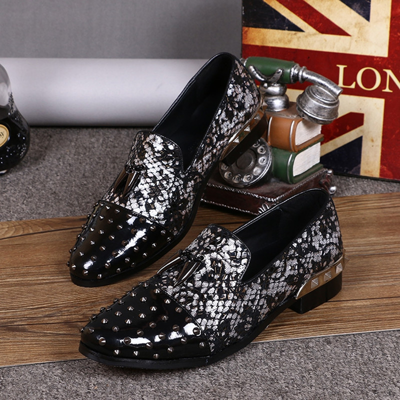 Studded Loafers Spring Designer Flats spike Shoes Italian Leather Shoes Men brand moccasins Glitter large sizes formal shoes men sapatos mujer brand designer smoker flats shoes patent leather formal dress shoes men loafers