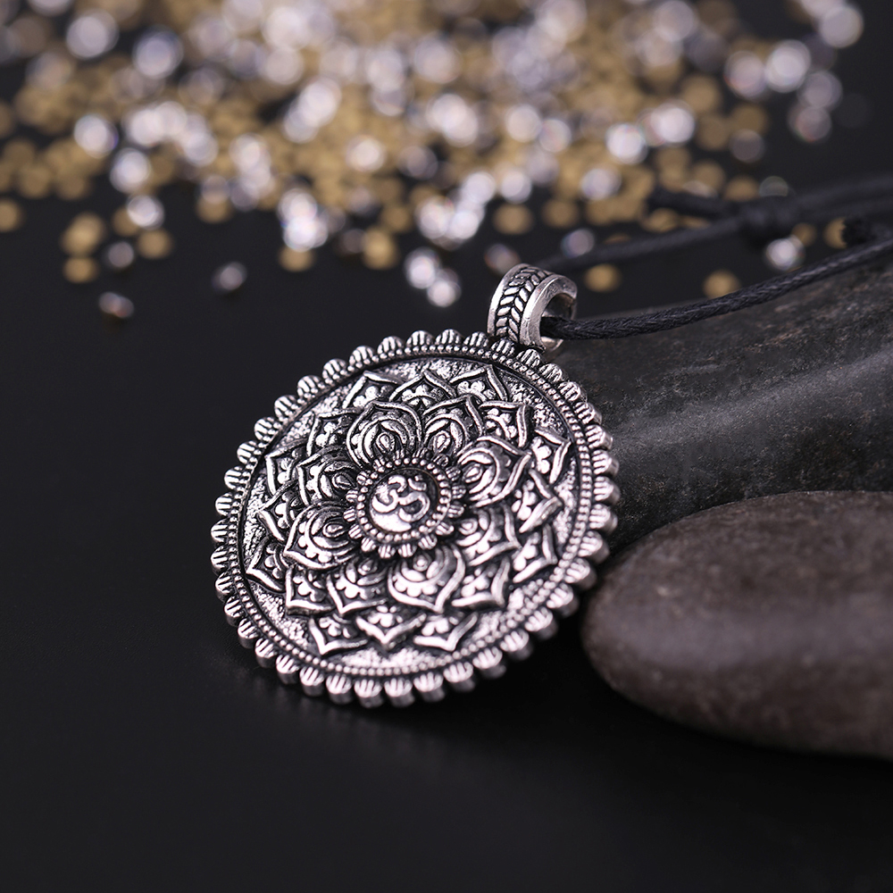 Women's Sacred Flower of Life Necklace 1