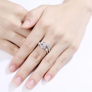 Image 4 - Newshe ที่ไม่ซ้ำกันแหวนหมั้นชุดเจ้าสาว 1 กะรัตสีขาว CZ 925 เงินสเตอร์ลิงอินเทรนด์ของขวัญเครื่องประดับสำหรับผู้หญิง QR104435