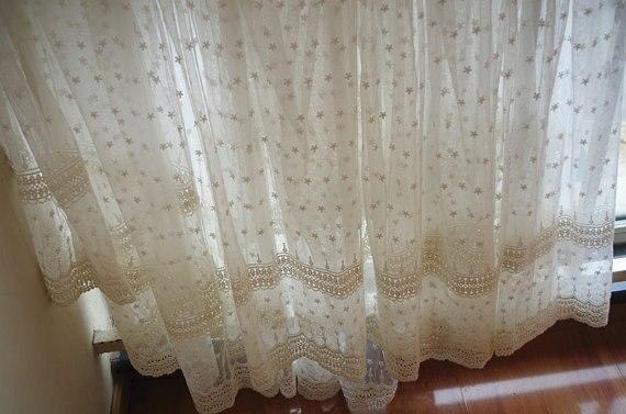 Tela de encaje de tul bordada en algodón crema con flores de - Artes, artesanía y costura - foto 4