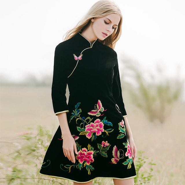 Chinese traditional clothing women black velvet dress winter vintage floral  embroidery elegant lady beautiful Qipao dress S-XXL f805f74840ba