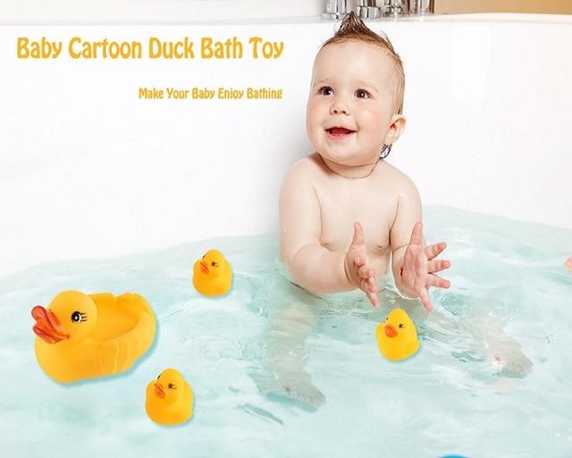 4Pcs Cartoon Plastic Duck Baby Bath Toys Spray Water Float ...