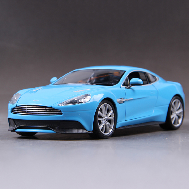 ФОТО Diecast Model V12 VANQUISH VANTAGE Blue 1:24 Metal Racing Vehicle Play Collectible Models Sport Cars toys For Gift