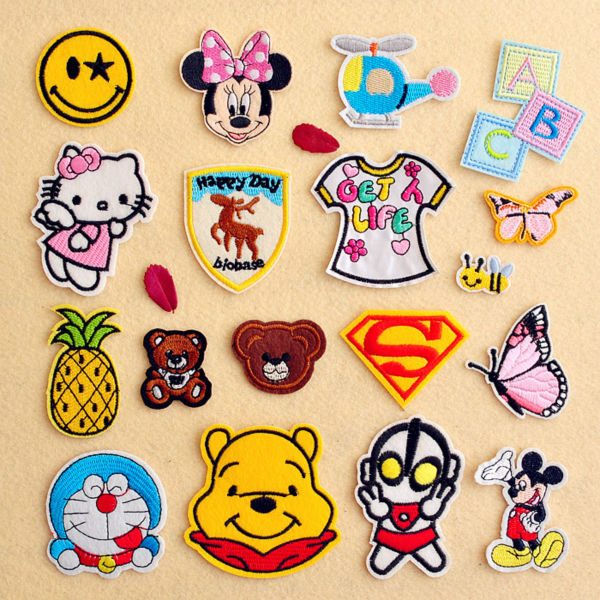 Free shipping cartoon clothing patches 18pcs/lot embroidered iron on the patches clothes accessores