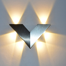 New Modern Triângulo Parede de Luz de Alumínio Branco Quente Para Casa Iluminação decoração 6 W 6 LED em Forma de V AC LED Indoor Parede Arandela lâmpada