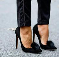 2017 Mới Thời Trang Đen Phụ Nữ Da Lộn Da Pom Pom Bơm Chóp Nữ Toe Trượt On High Gót Màu Đỏ Bằng Sáng Chế Da Nữ Stiletto