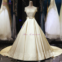 New Design Vintage Lustrous Satin A line Wedding Dress Boat Neck Beading Pearls Appliques With Bow Sashes Vestido de noiva
