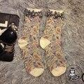 Calcetines de las mujeres de La Venta 2016 de gama Alta Hecha A Mano de Encargo Girl Calcetines Marca Tide Totem Estilo Popular de Flores de Diamantes Femeninos Pila Tubo corto