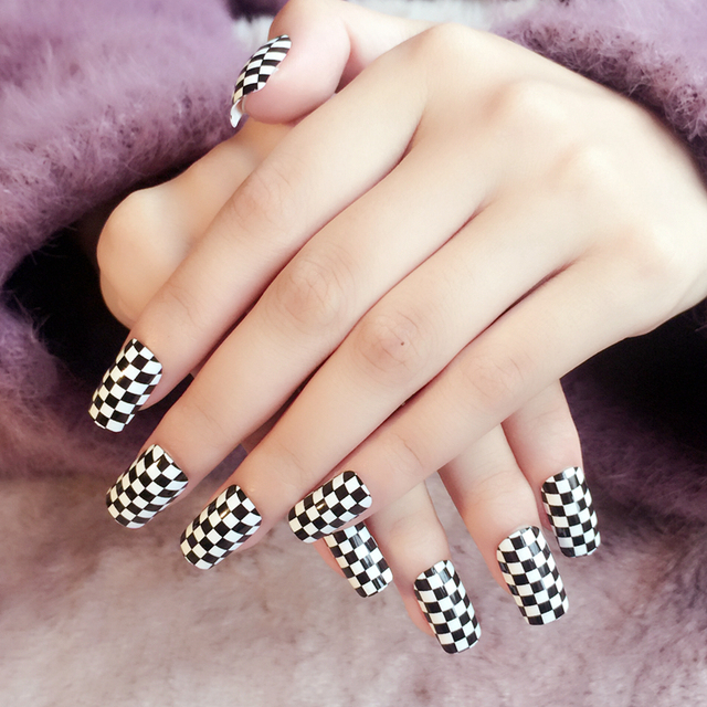 Kawaii Designs Nail Tip Stand 24pcs Long Square Black White Grids