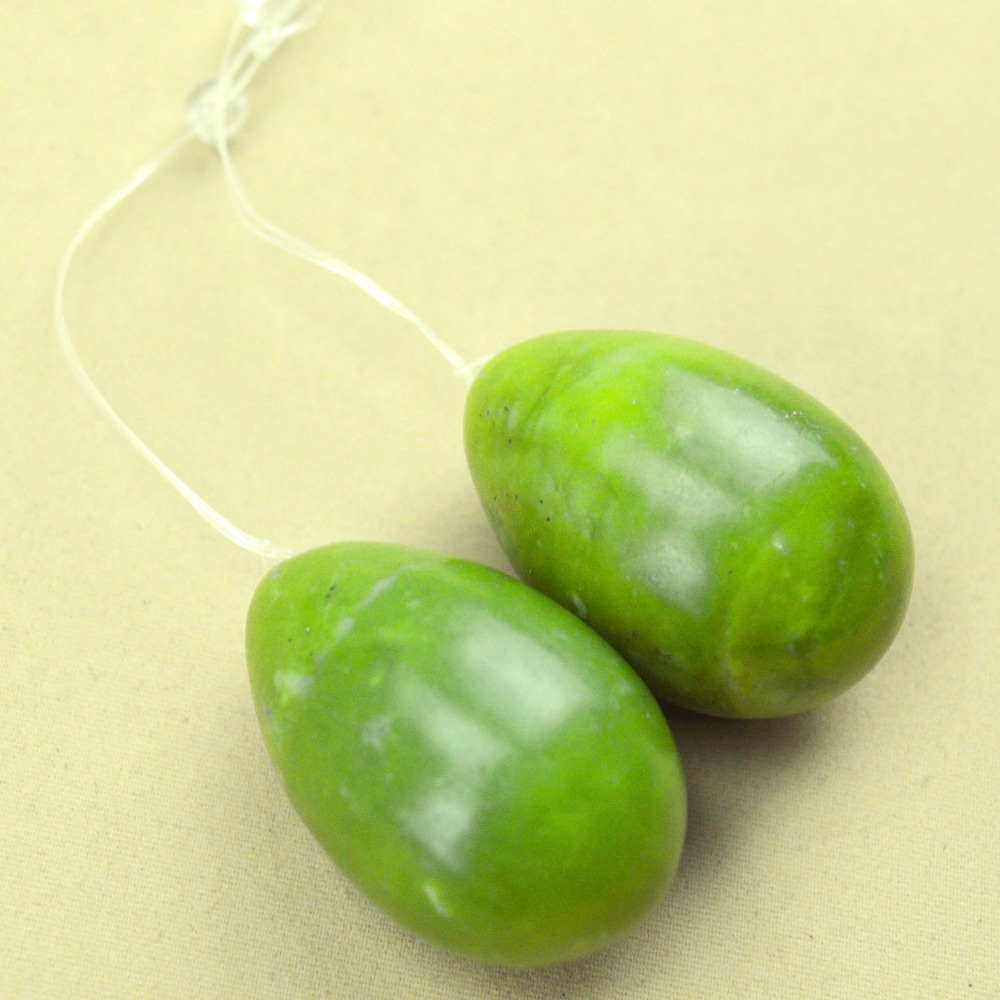2 Pcs 50*30mm natural light green jade egg for kegel exercise pelvic floor muscles vaginal exercise yoni egg ben wa ball