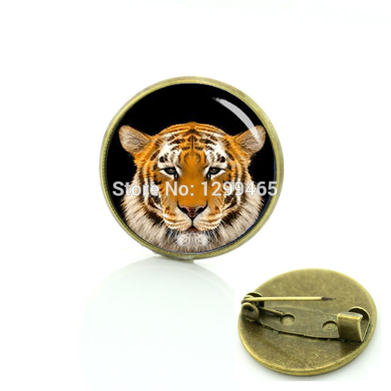 2017 Sale Glass Broche Pin Novelty Interesting Wild Brooches Tiger Head Art Photo Top Fashion Wildlife Keepsake Badge C 1378