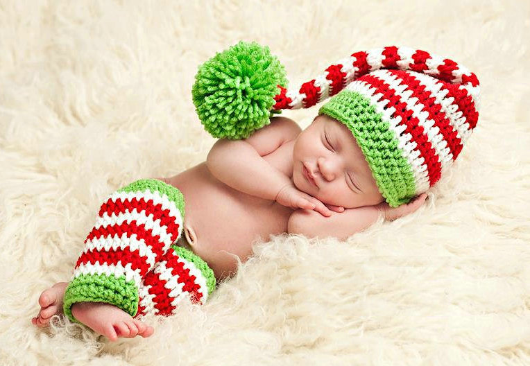 New christmas stripe baby hat and socks handmade crochet photography props newborn baby cap and socks christmas gift santa hat in hats caps from mother