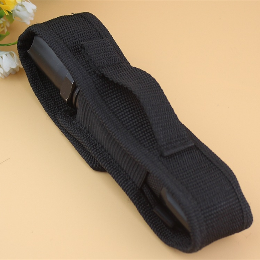 1Pcs Portable Tactical Holster Holder Carry Belt Pouch For LED Flashlight ·Torch