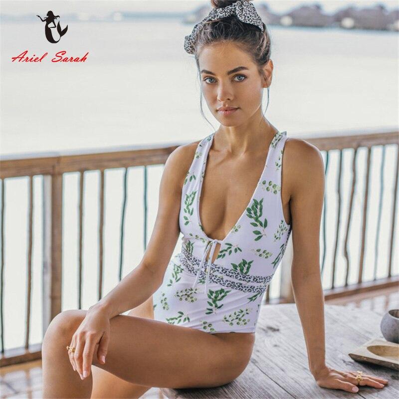 Traje de baño Floral de una pieza traje de baño Sexy cuello en V para playa Trikini