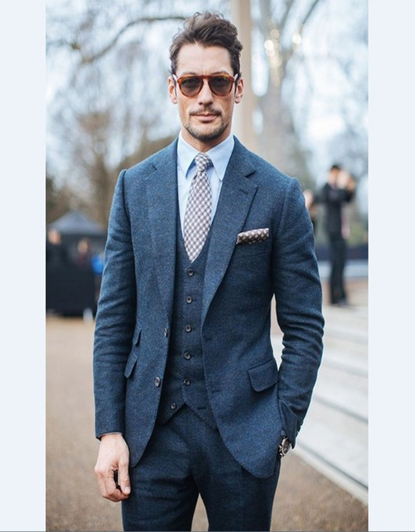 2017 New Arrival Groomsmen Notch Lapel Two Buttons Groom Tuxedos Blue Wool Men Suits Wedding Best Man Blazer(Jacket+Pants+Vest)