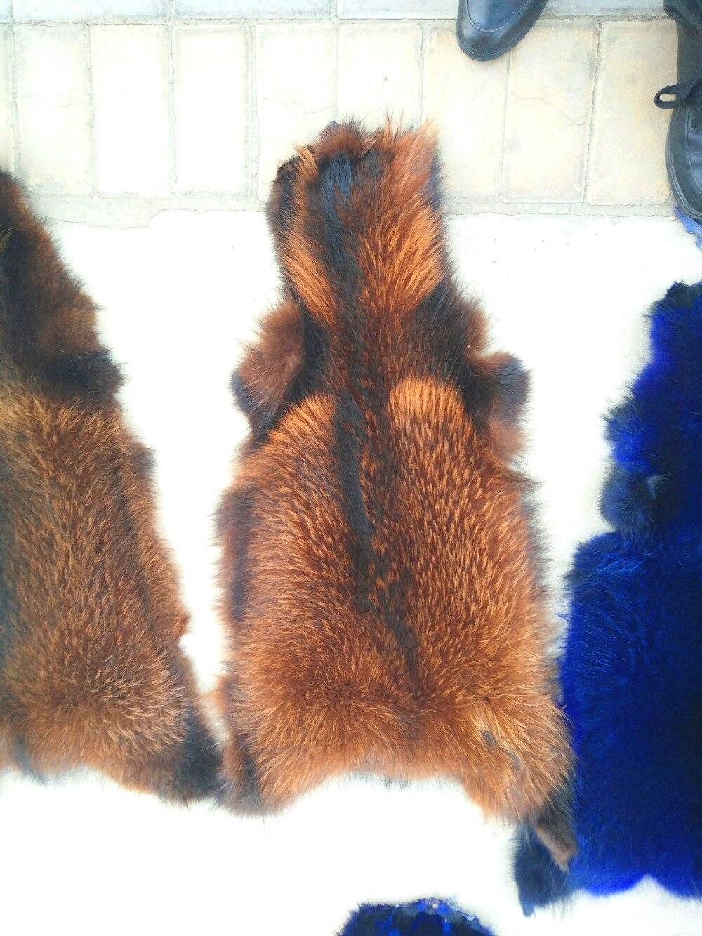 Teint bonne qualité en gros réel tannée peau de fourrure de raton laveur peau avec beaucoup de couleurs