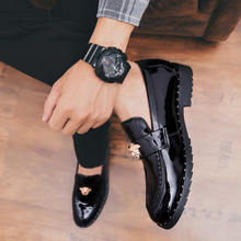 2018  New Popular Style Men Casual Shoes Lace Up Flats Microfiber Comfortable 5