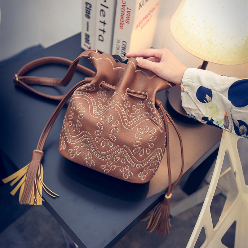 women tassel bag classic flap PU leather small shoulder crossbody bags for Rivets Skull clutch handbag