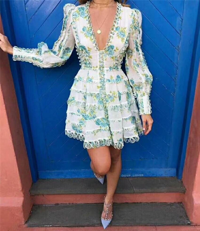 2018 été automne nouveau Sexy femmes robe de haute qualité manches bouffantes profonde V Floral imprimé robe ondulée fond palais Style robes