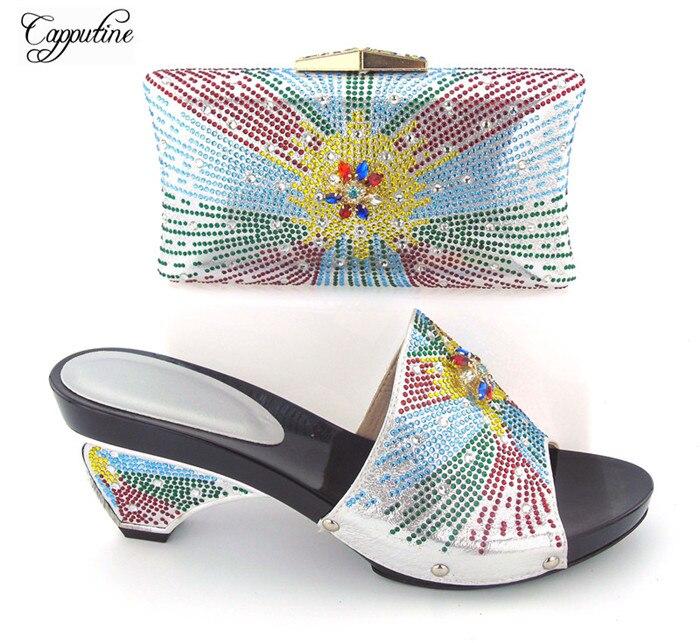 Новейшие вечерние комплект специальный каблук туфли-лодочки и вечерняя сумочка 121-2 в серебре, высота каблука 8 см