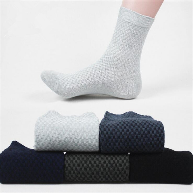 5 Pairs/lot New brand fashion Breathable Mens Bamboo Socks Classic Business Dress Mens male socks Size 39-44