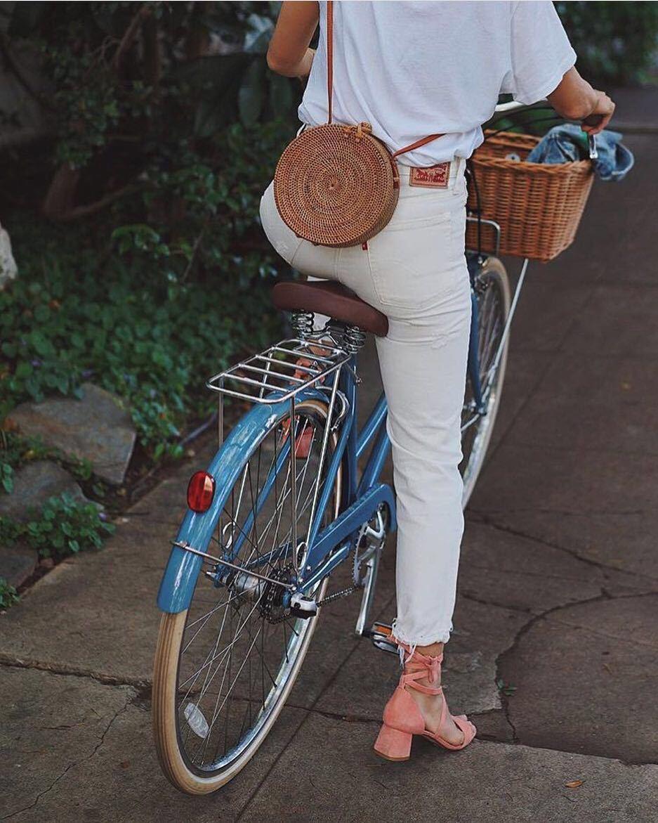 Circle Handwoven Straw Round Bag