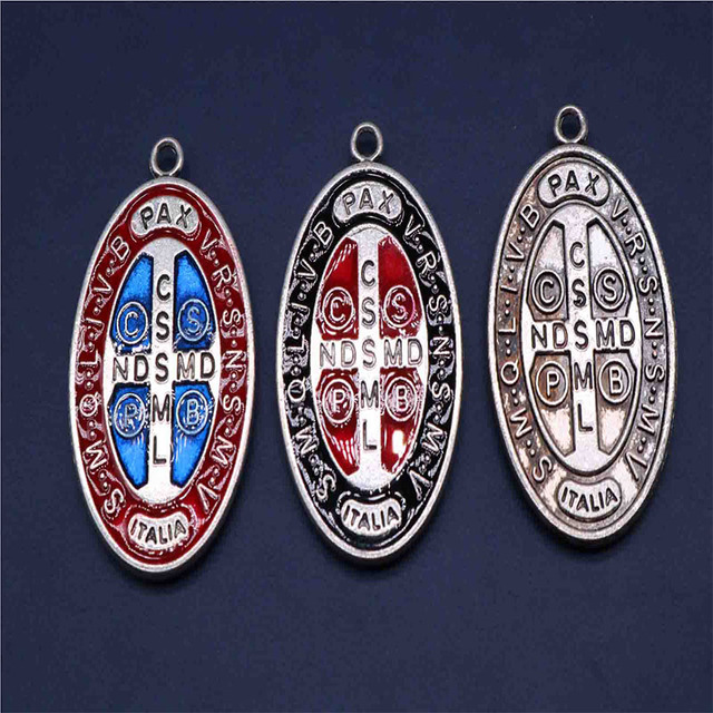 20 Pieces / Charm Saint Benedict Cross Christo Redentor Religious Medal Key Chain Pendant Bracelet Jewelry Making New Products