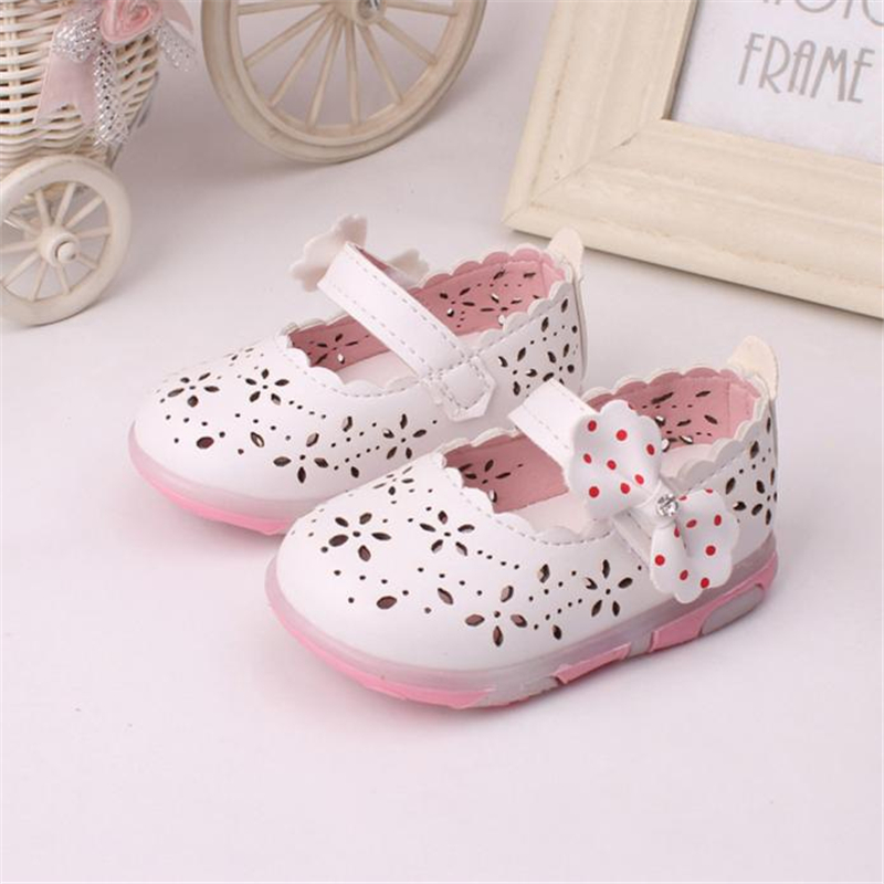 Toddler Girls Hollow Bowknot Lighted Soft-Soled Princess Shoesbaby moccasins bebek ayakkabi l1215