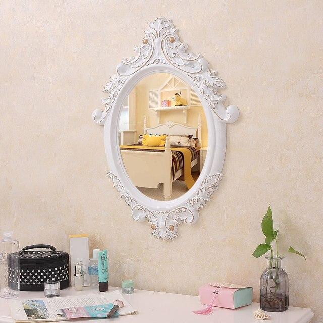 Europeo bagno specchio a parete appesa al netto di trucco rosso = camera da  letto vanity salone bellezza comodino lo1213545