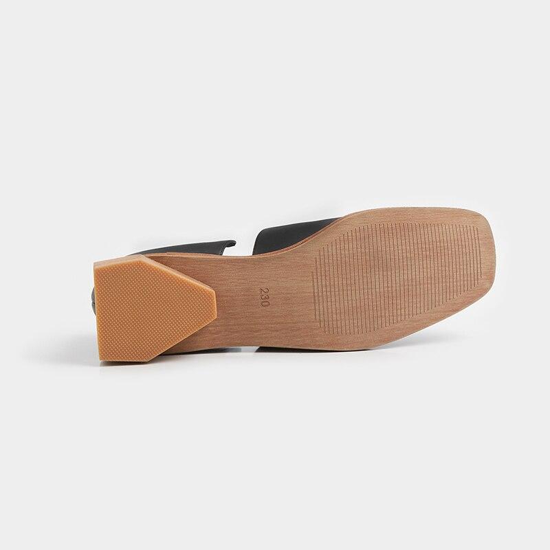 Kcenid Vrouwen platte schoenen 2019 echt leer vrouwelijke schoenen zwart abrikoos mode vierkante teen casual loafers voor vrouw enkele schoenen-in Platte damesschoenen van Schoenen op  Groep 3