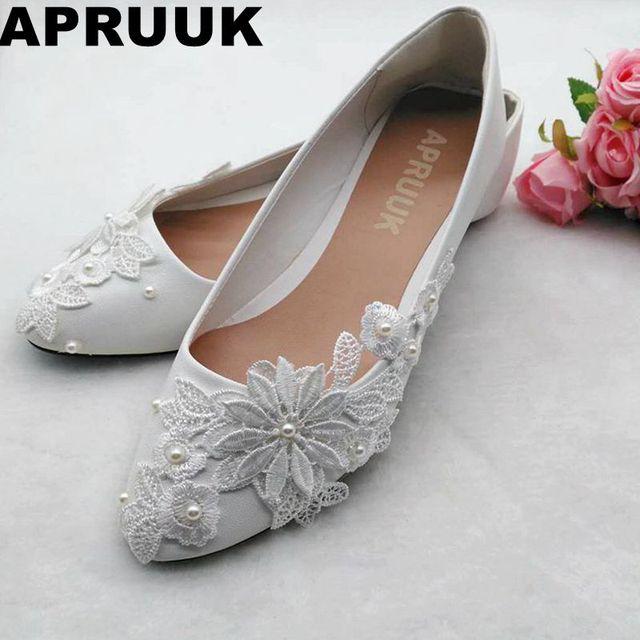 Lace flowers brides wedding shoes flat heel slip on sweet handmade bridal  ivory wedding shoes 5fc436921352